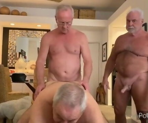 Trio Daddies Play