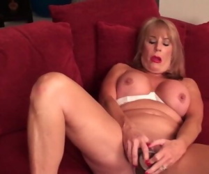 Fantastic mature lady porno..