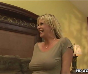 Mature blond Mummy gets..
