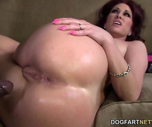Tiffany Mynx Likes Anal With..