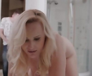 Pounding Stepmom In Washroom..