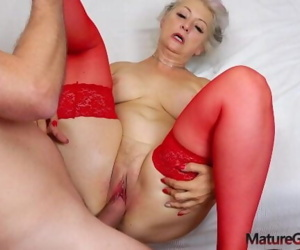 Hot grandma gonzo banging