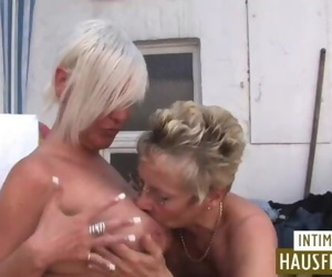Blonde ladies Mature lesbo..