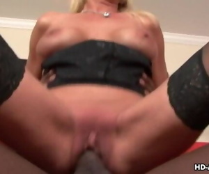 Mature Whore Rails a Big..